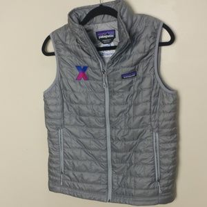 Patagonia grey down quilted novo Norfolk vest